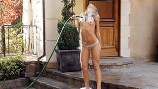 Look at this fine bitch pouring water hard core on her slutty body