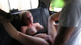 Yep sluttish dame is posing noble in car